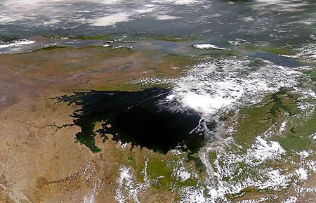 Viktória tó