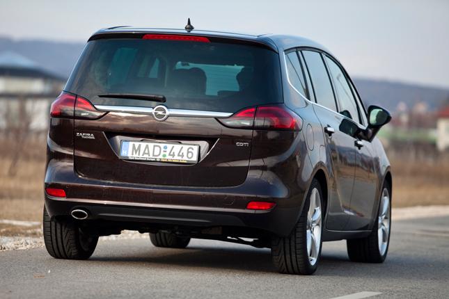 Tlntt A Zafirn Opel Zafira Tourer 20 Cdti Teszt
