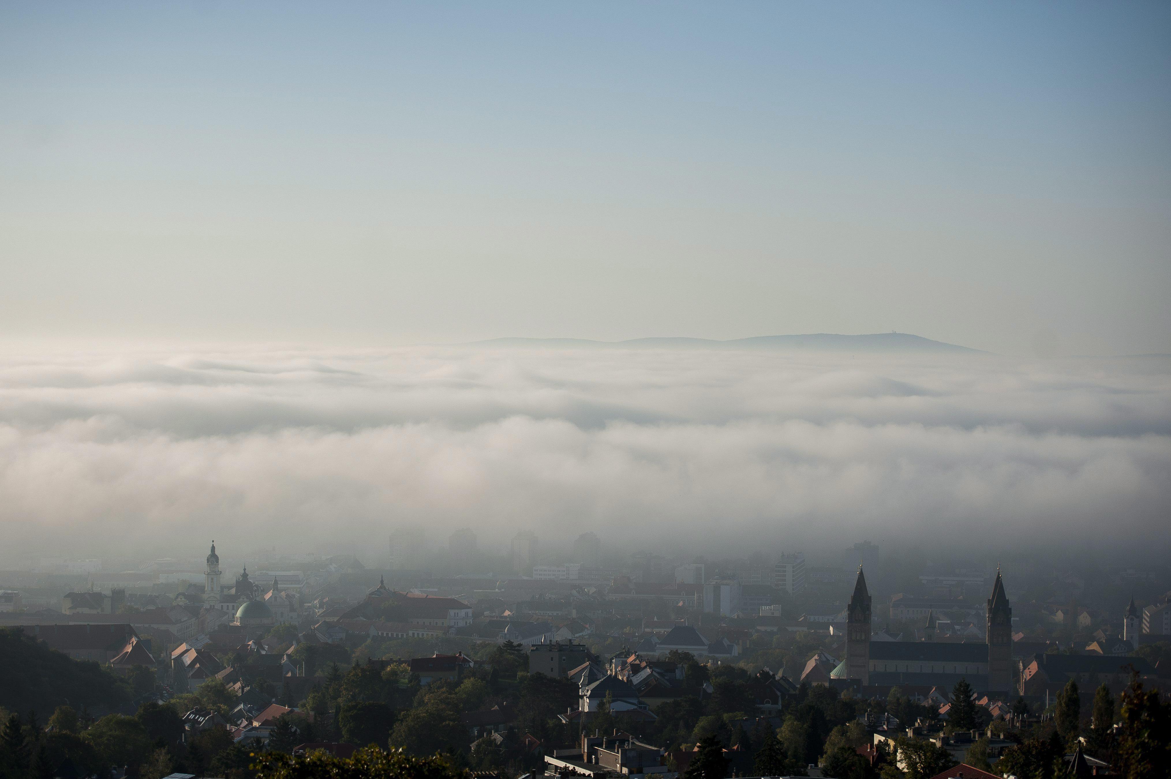 Alig lehet majd látni, akkora köd lesz!