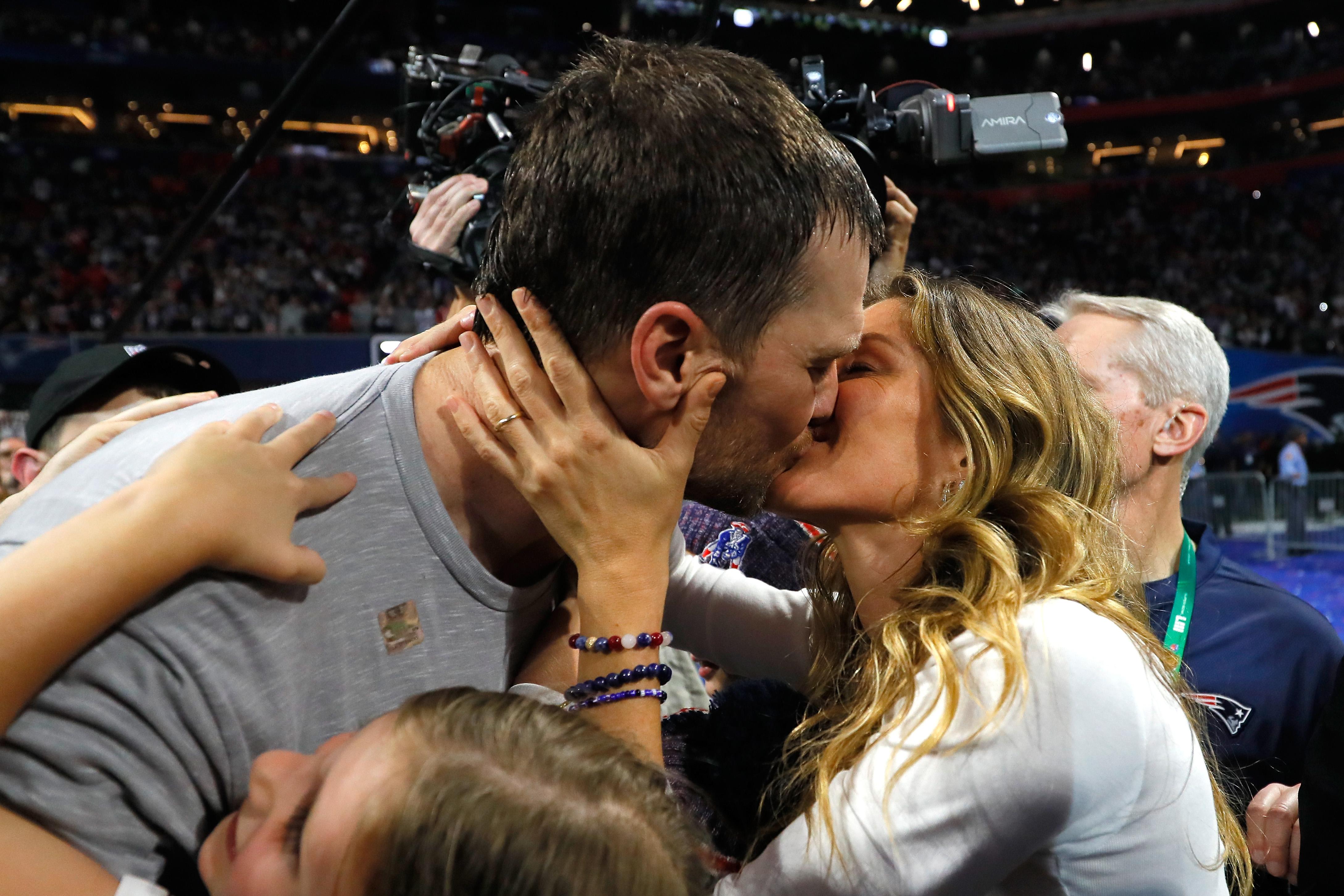 35cefda2c6 Tom Brady: Most csak a családomra és a gyerekeimre vágyom
