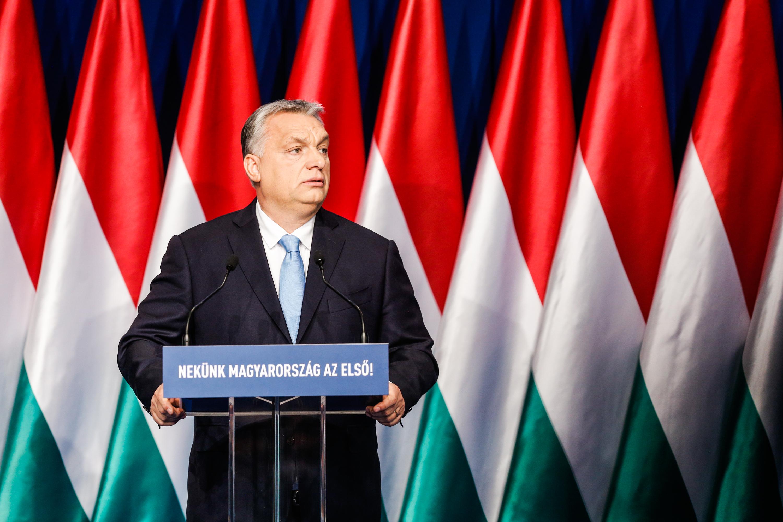 Családvédelmi Akcióterv: Orbán Viktor: Hét Pont A Családokért