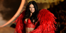 Forrás: Getty Images/Victoria's Secret/Dimitrios Kambouris