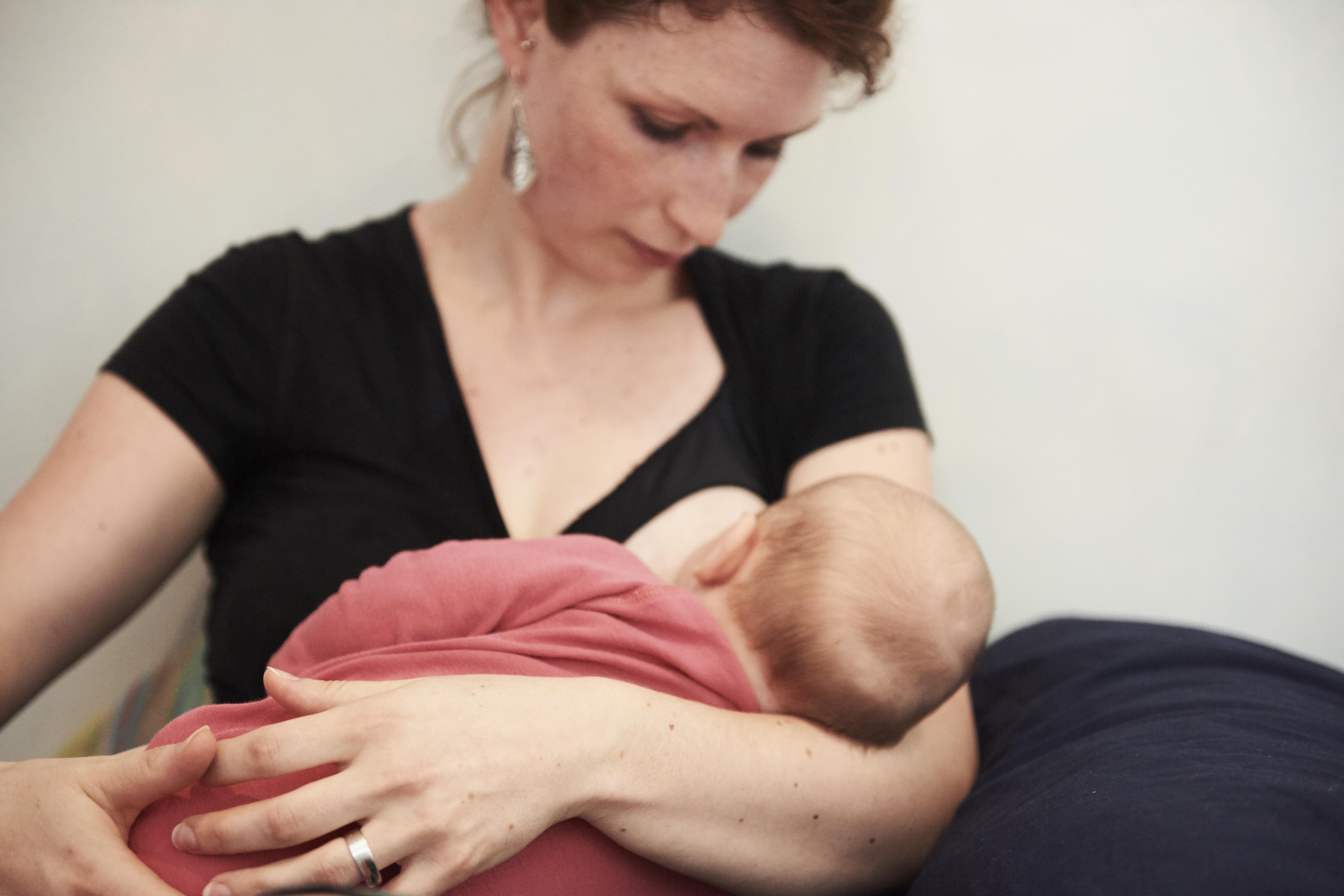 80d8400266 Anyatejjel csökkenthető a csecsemőkori allergia kialakulásának esélye