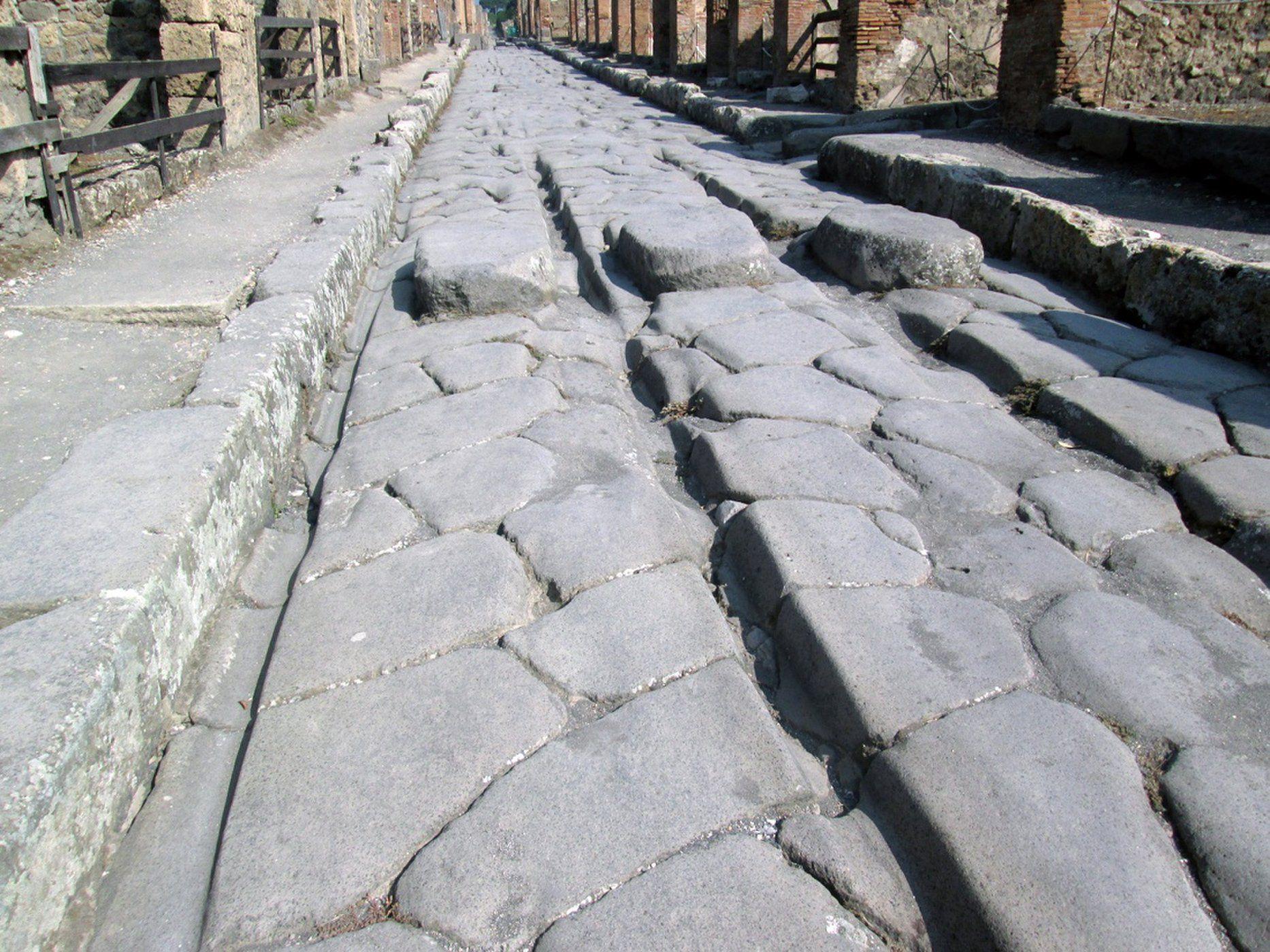 9eb89e4095 Az ókori rómaiak vasat olvaszthattak az úthibák javításához