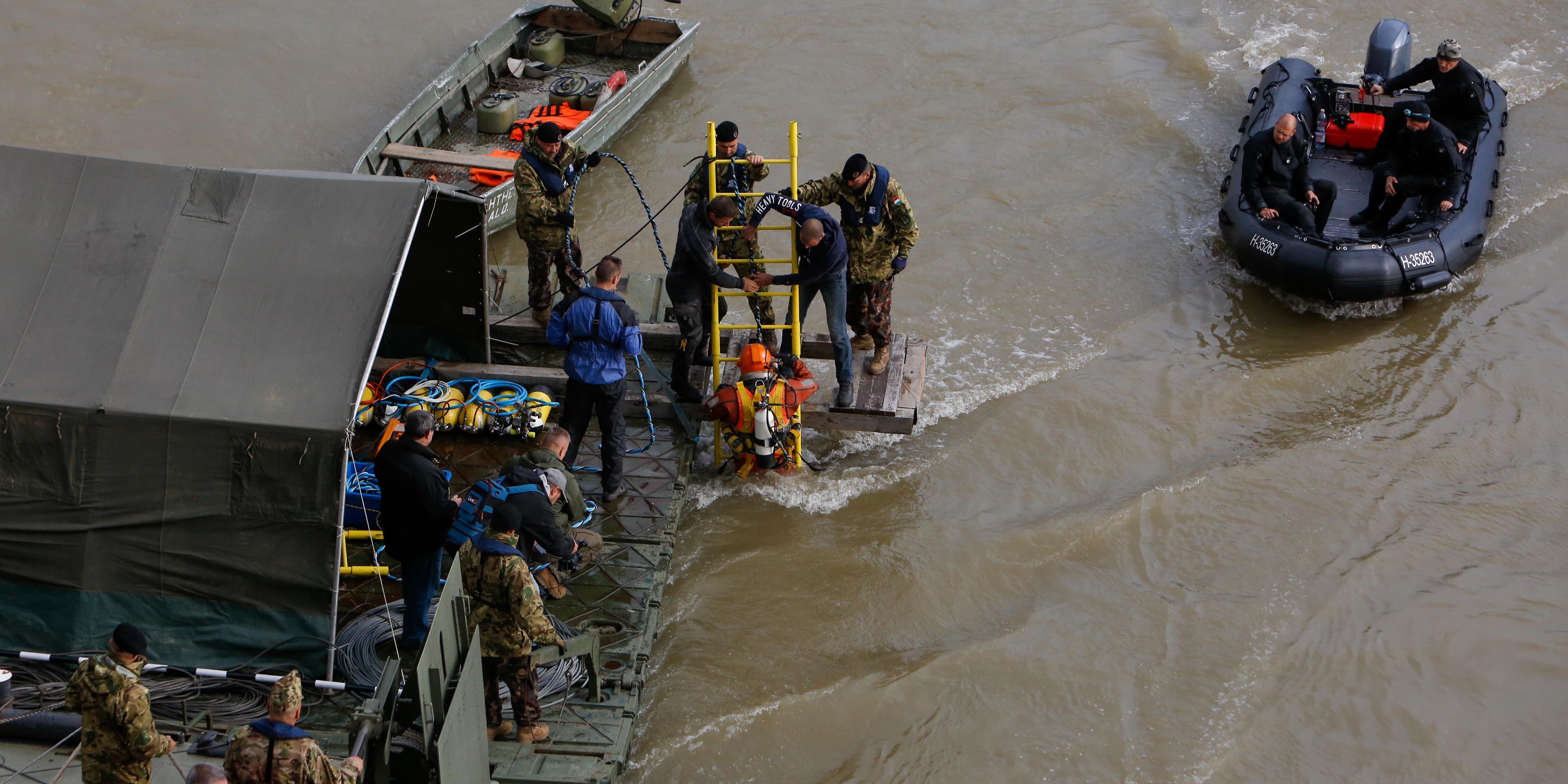 009546756f Összeraktuk a perdöntő videókat: a Viking Sigyn okozta a hajókatasztrófát