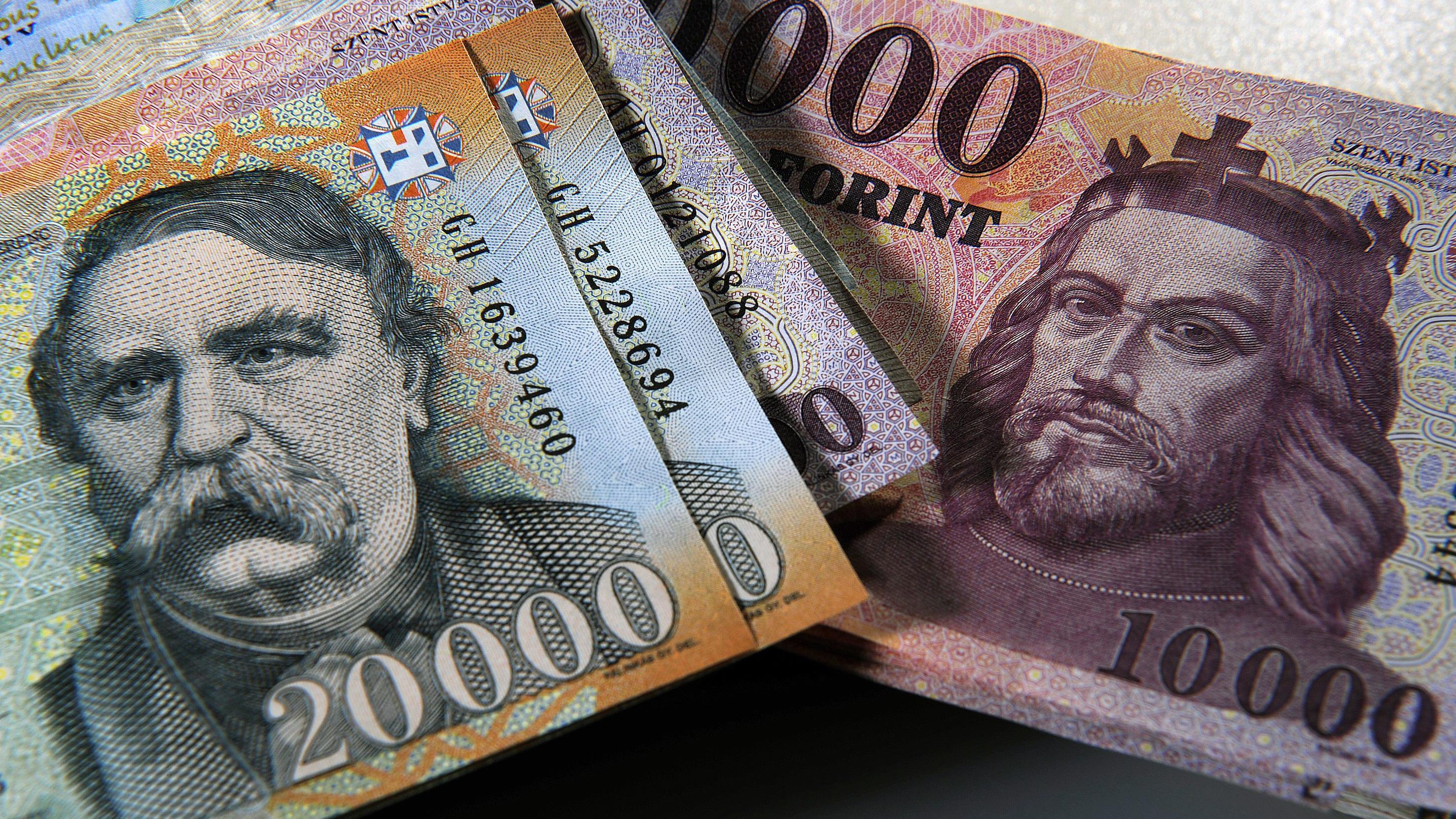 Friss hírek: A nettó pénzügyi megtakarítás elérte a 120 milliárd forintot.