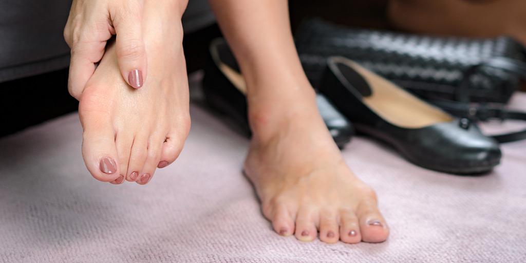 ütés a lábujj ízületén sérülés után