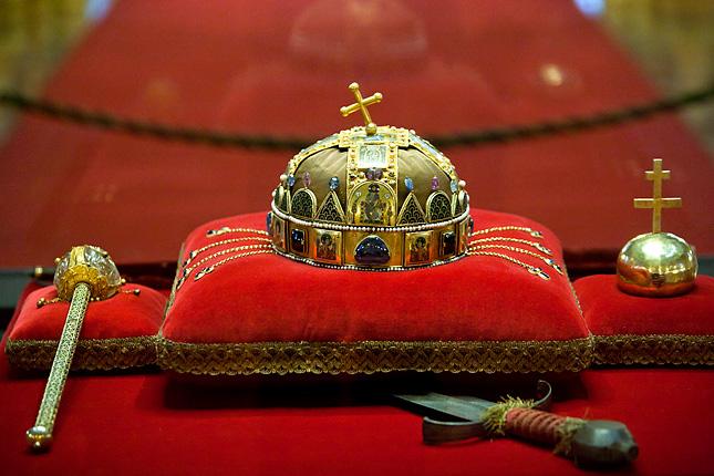 Tudja-e, hogy melyik királyunk ült leghosszabb ideig a trónon?
