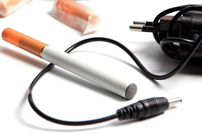 Az e cigaretta segít-e leszokni a dohányzásról?