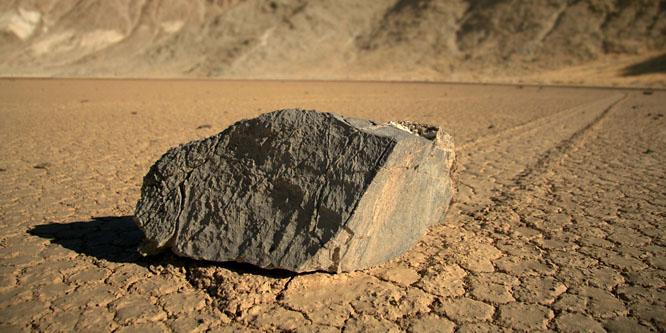 A kövekkel való elbűvöléssel