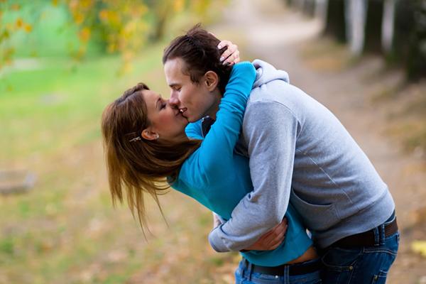 ázsiai csók randi