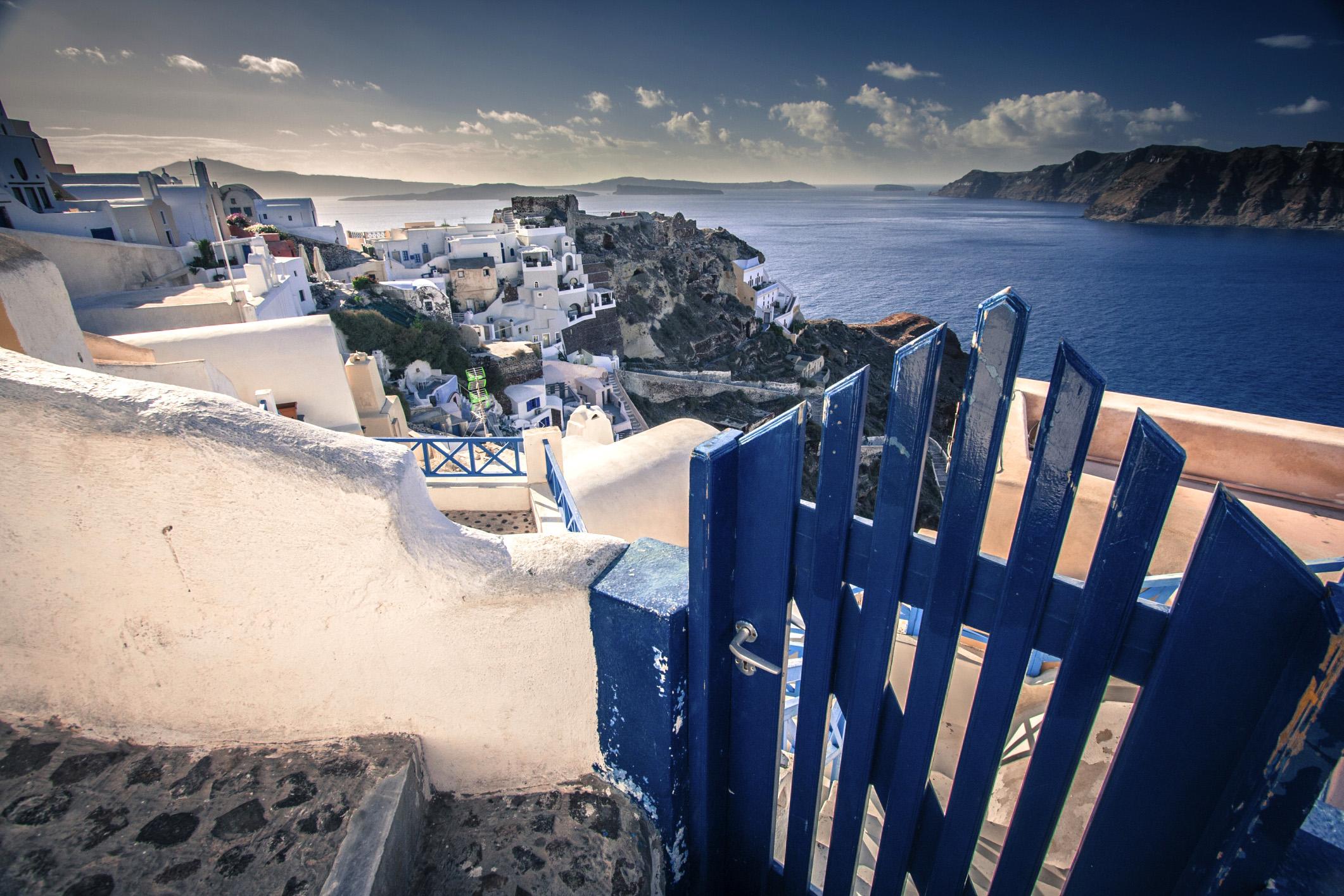 Görög–római kézműves székek lepték el a kuvaiti sivatagot.