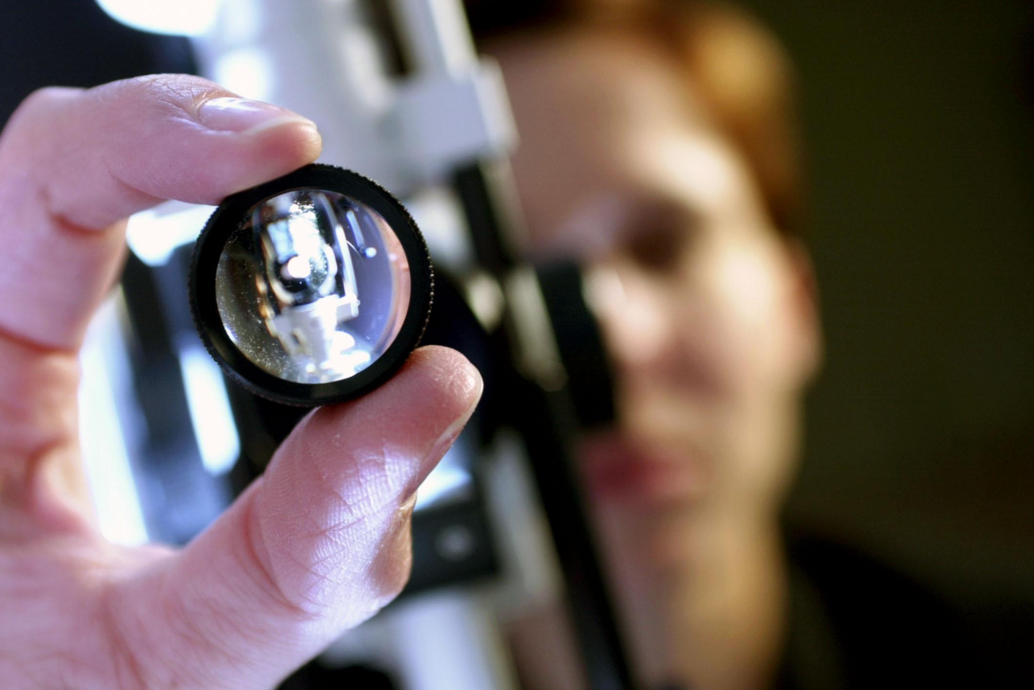 hogyan lehet tudni a pontos látást dioptriás skála