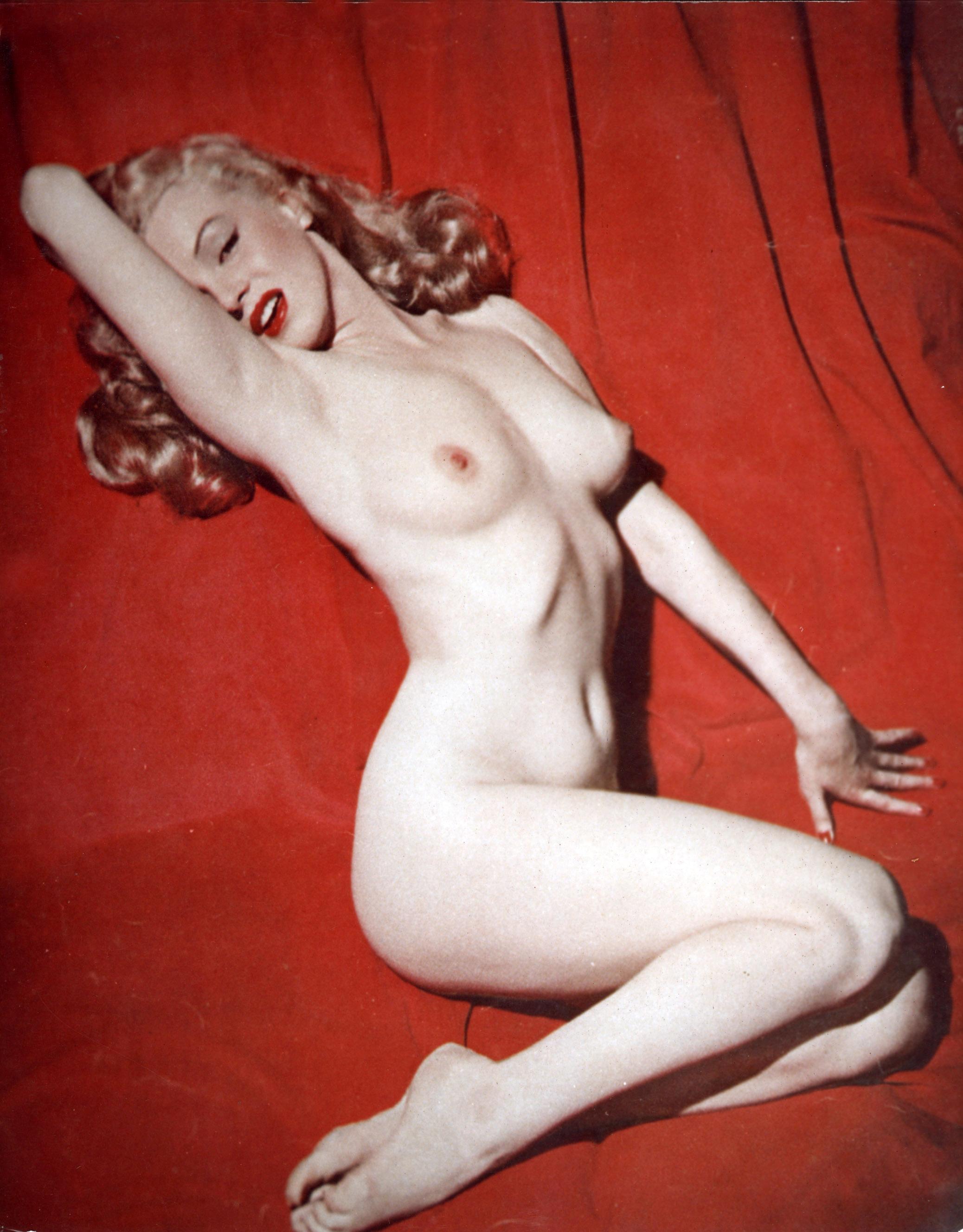vintage leszbikus akt nagy kövér fekete nedves punci