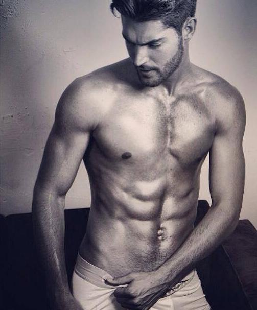 legjobb meztelen férfi modellek
