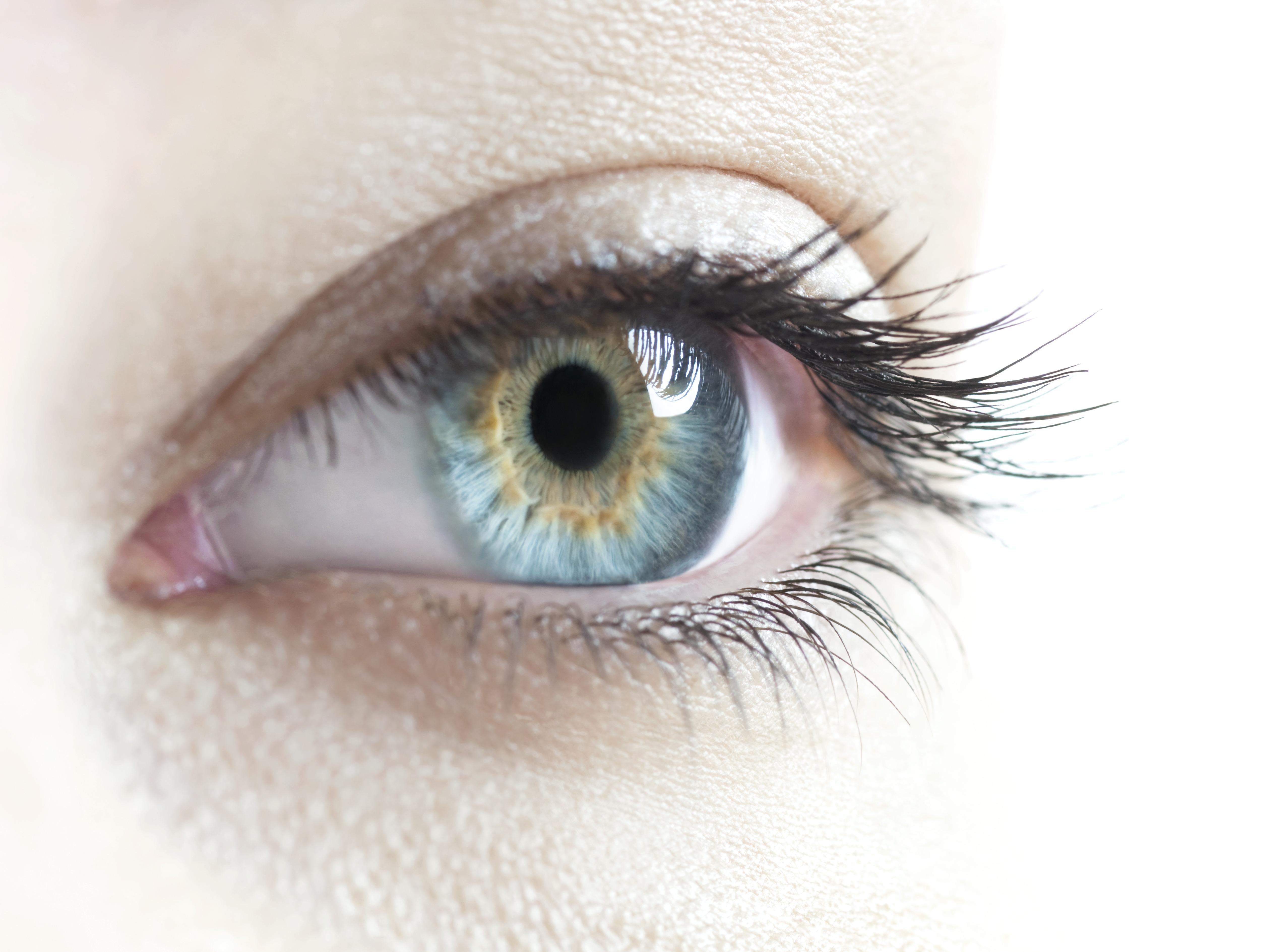 Egy szem elvesztése – Hajni története
