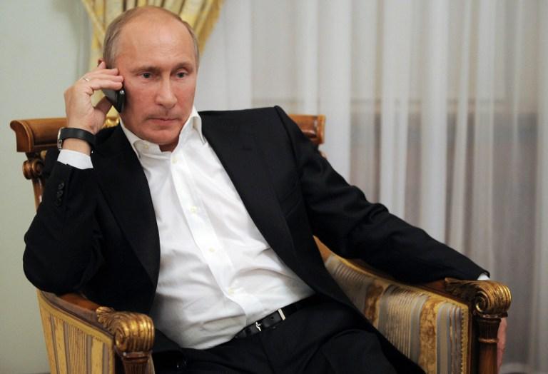 mennyi pénzt keres Putyin egy hónapban)