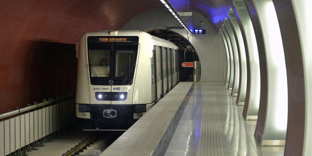 Kiderült: ez lehetett az oka, hogy hagyták meghalni a 4-es metró utasát