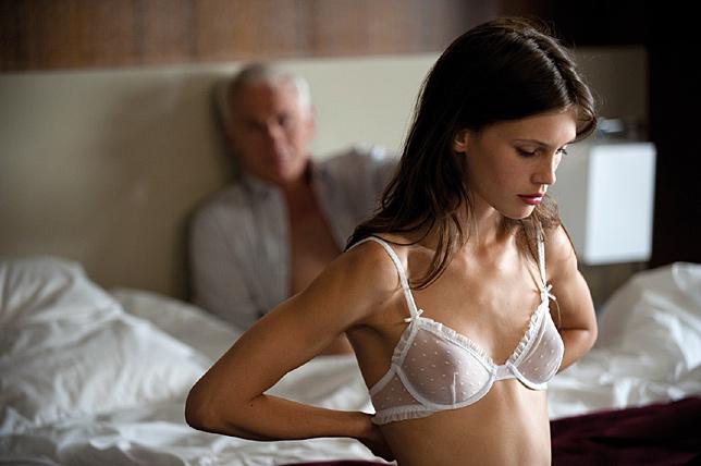 ingyenes amatőr feleség pornó megosztása
