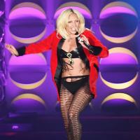 Így mutatnak a Victoria s Secret bikinik átlagos nőkön · Mi történt Cinthya  Dictatorral  Megmagyarázhatatlan szettben feszít · Lady Gaga egy szál ... b8e74ecd0b