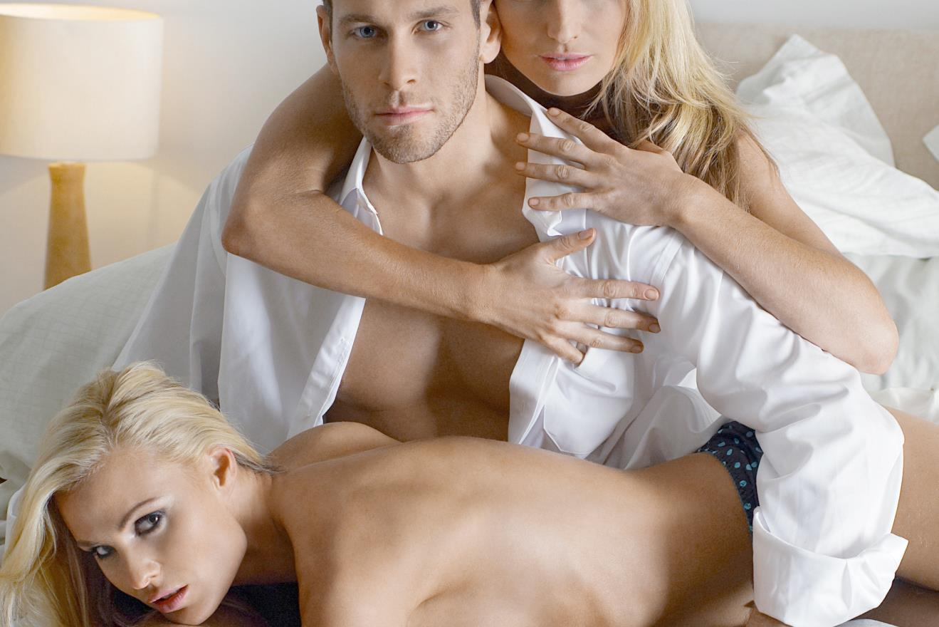 Biszexuális swinger orgia