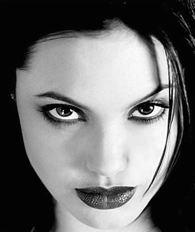 Fekete meztelen fénykép