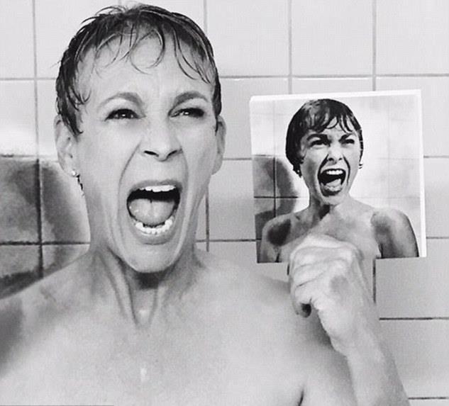 meztelen anyák zuhany alatt
