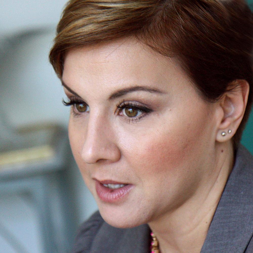 Új taggal bővült Ábel Anita családja Fotó!
