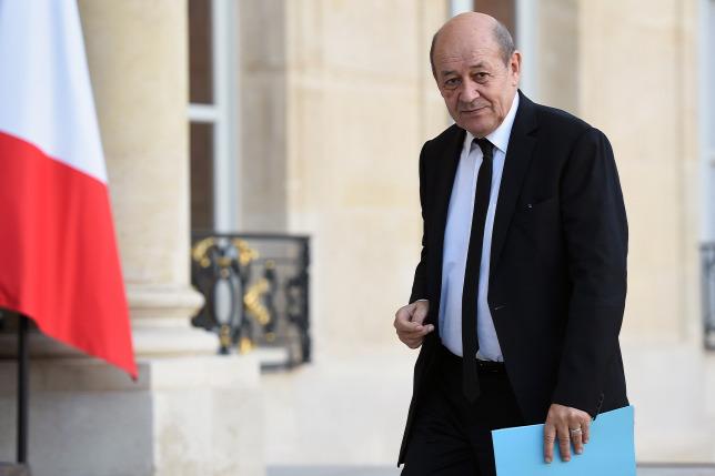 42cd095813 V4NA: Párizs megmentené a halálra ítélt, migráns hátterű terroristákat