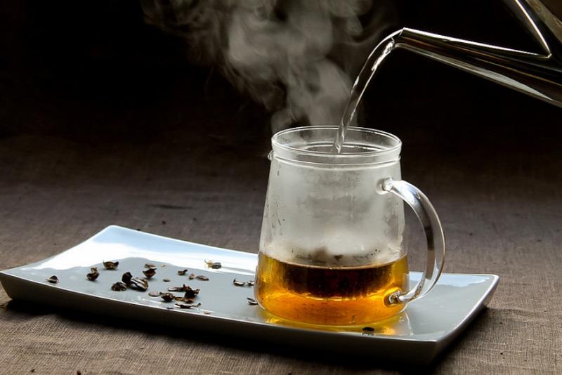a forró tea jó a fogyáshoz)