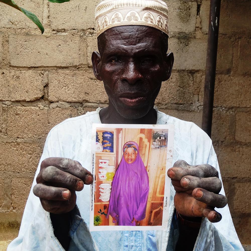 fehér lány randi egy nigériai ember