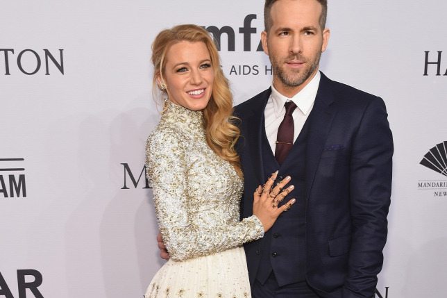 Blake Lively és Ryan ReynoldsForrás  AFP 2016 Getty Images Michael Loccisano 5bd9ce7862