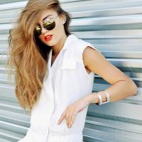 431bfff7d9 Jól variálható és költséghatékony ruhatárra vágysz? Ezeket az alapdarabokat  szerezd be nyárra