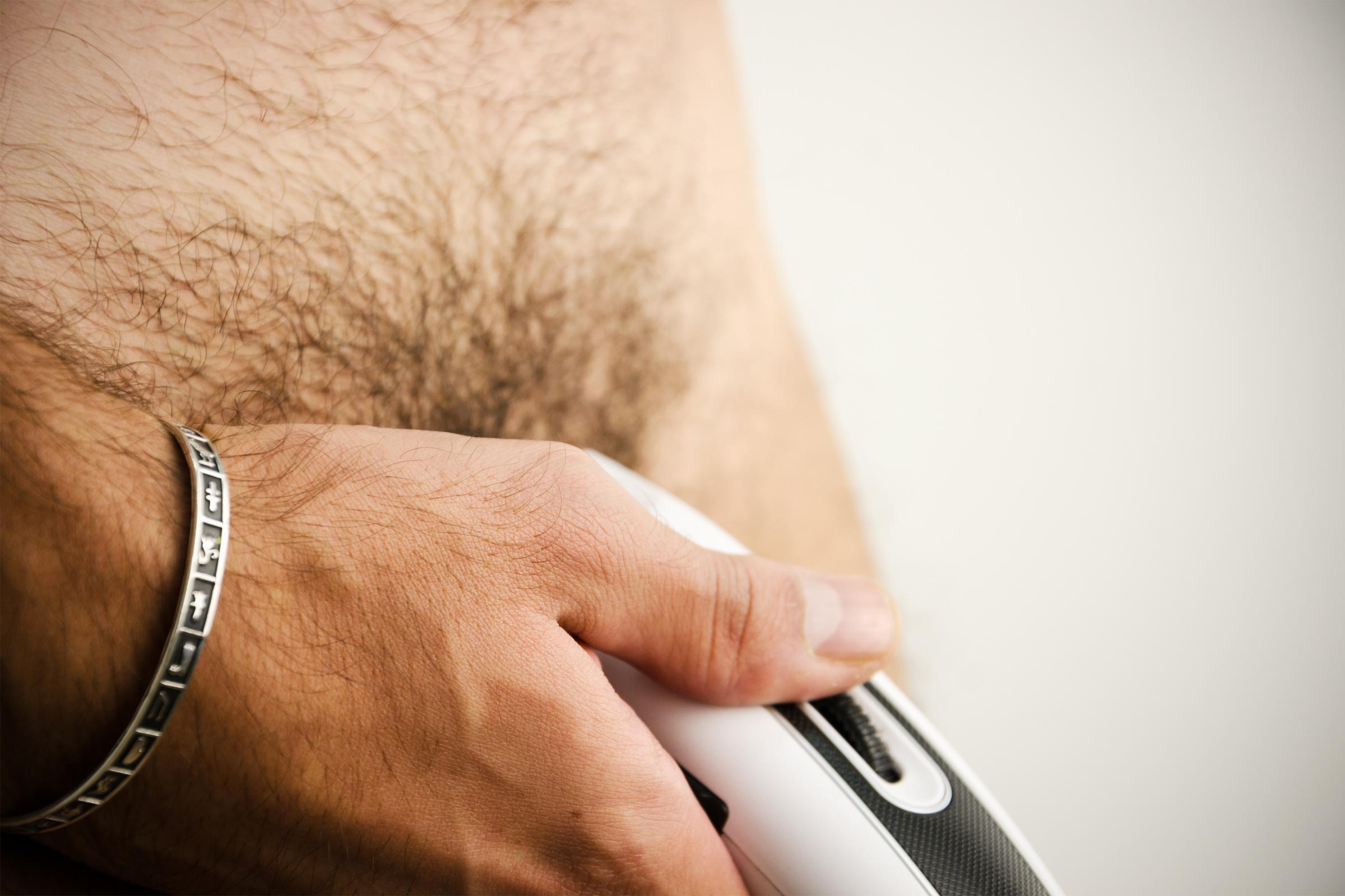 Borotvált pénisz. trucksavaria.hu - 6+1 tuti intim borotválkozási tipp