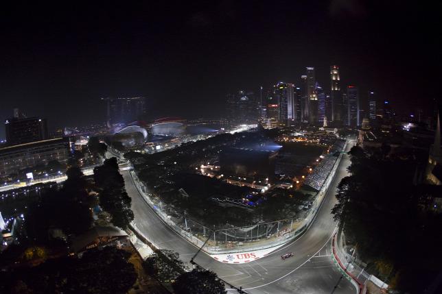 Itt az utolsó esély a Mercedes legyőzésére  - Szingapúri Nagydíj előzetes ffd55f2903