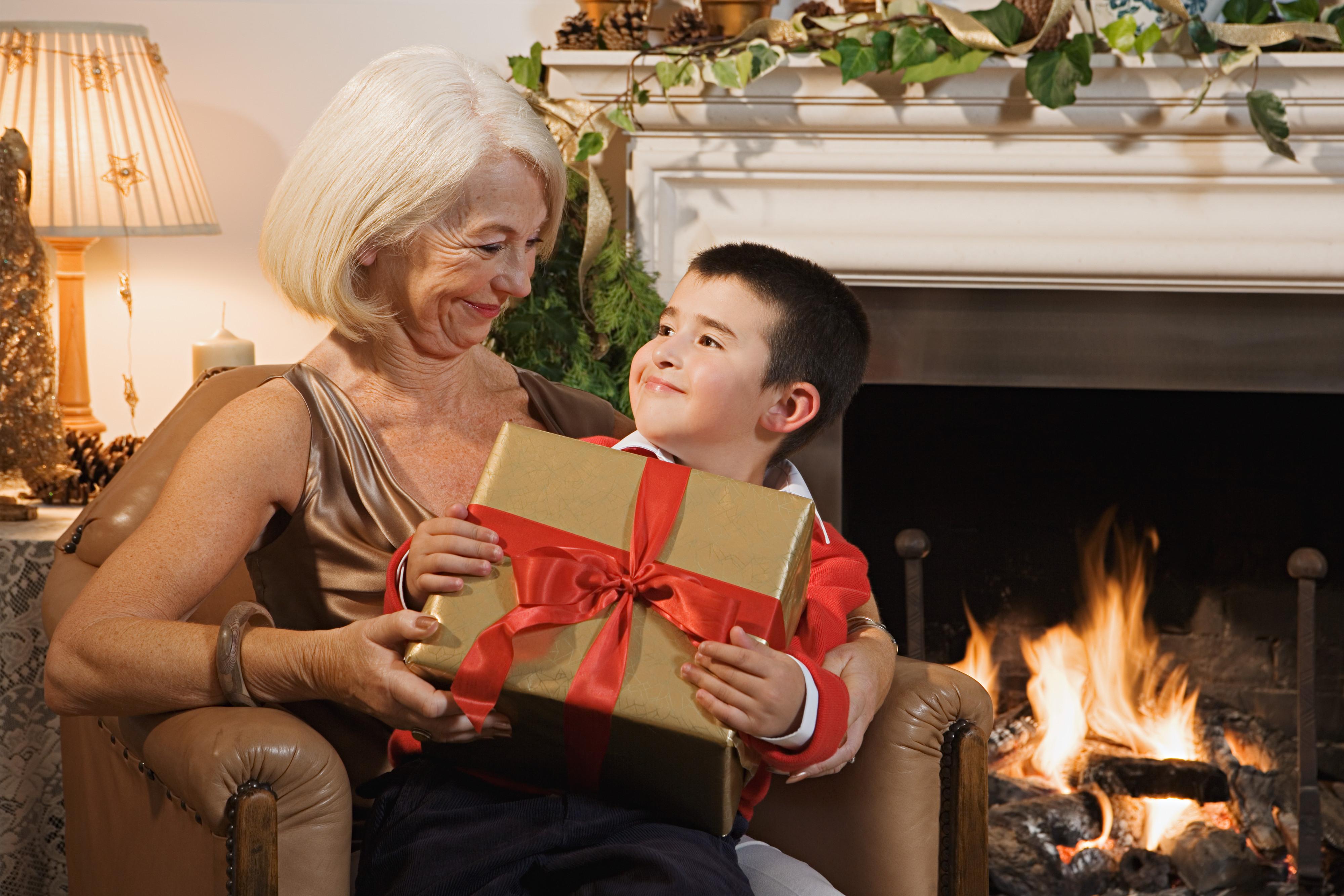 Első randi karácsonyi ajándékok