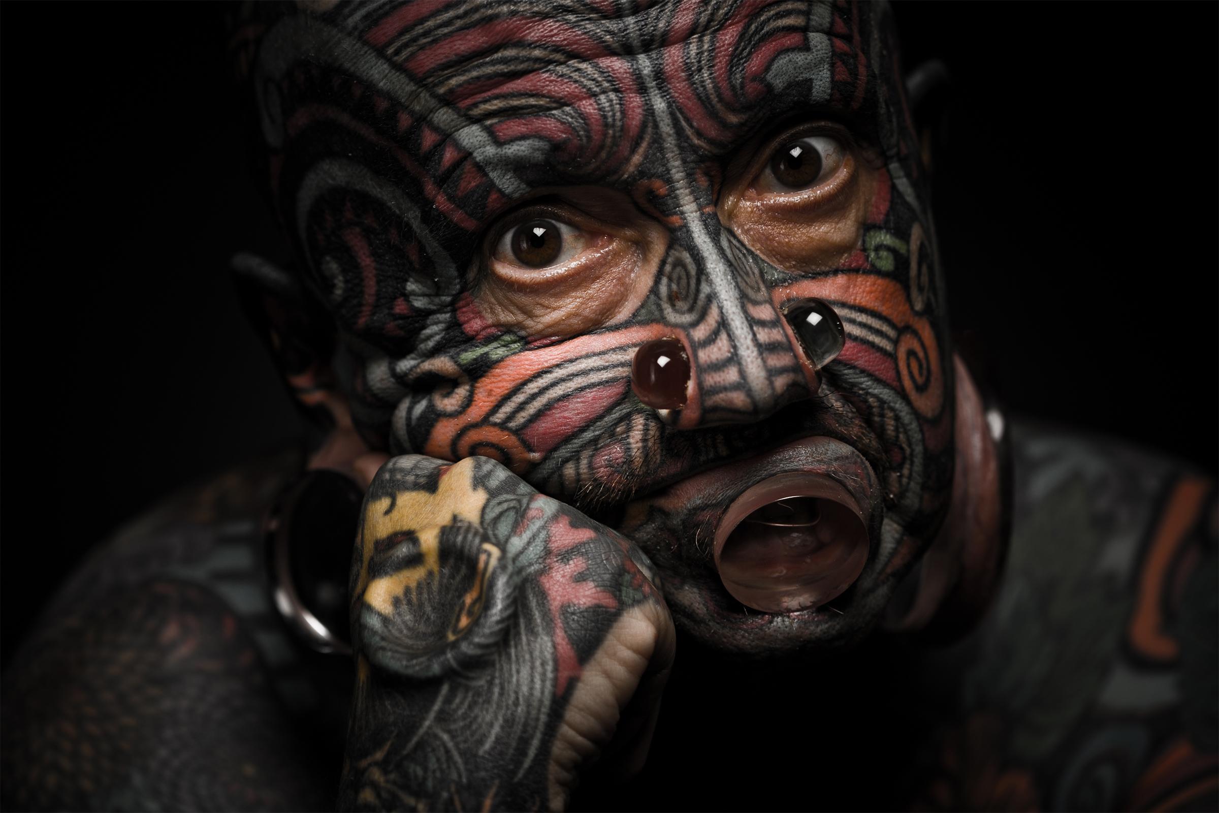randi tetoválás piercingek