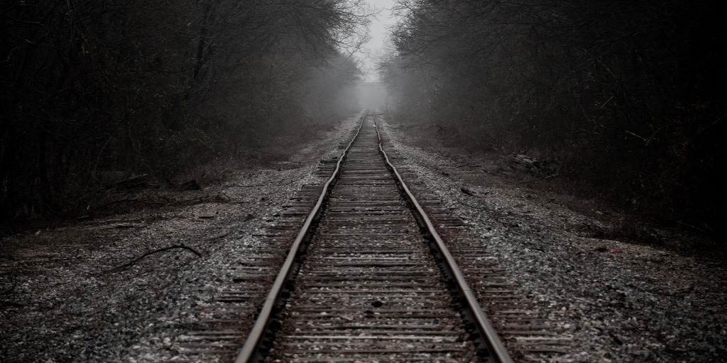 Tragédia: halálra gázolt egy nemzetközi vonat egy embert Dunakeszi és Göd között