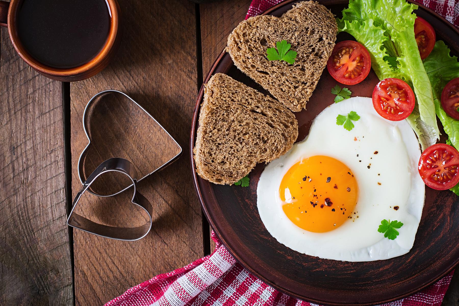 tojás randi lóhere társkereső ügyfélszolgálat
