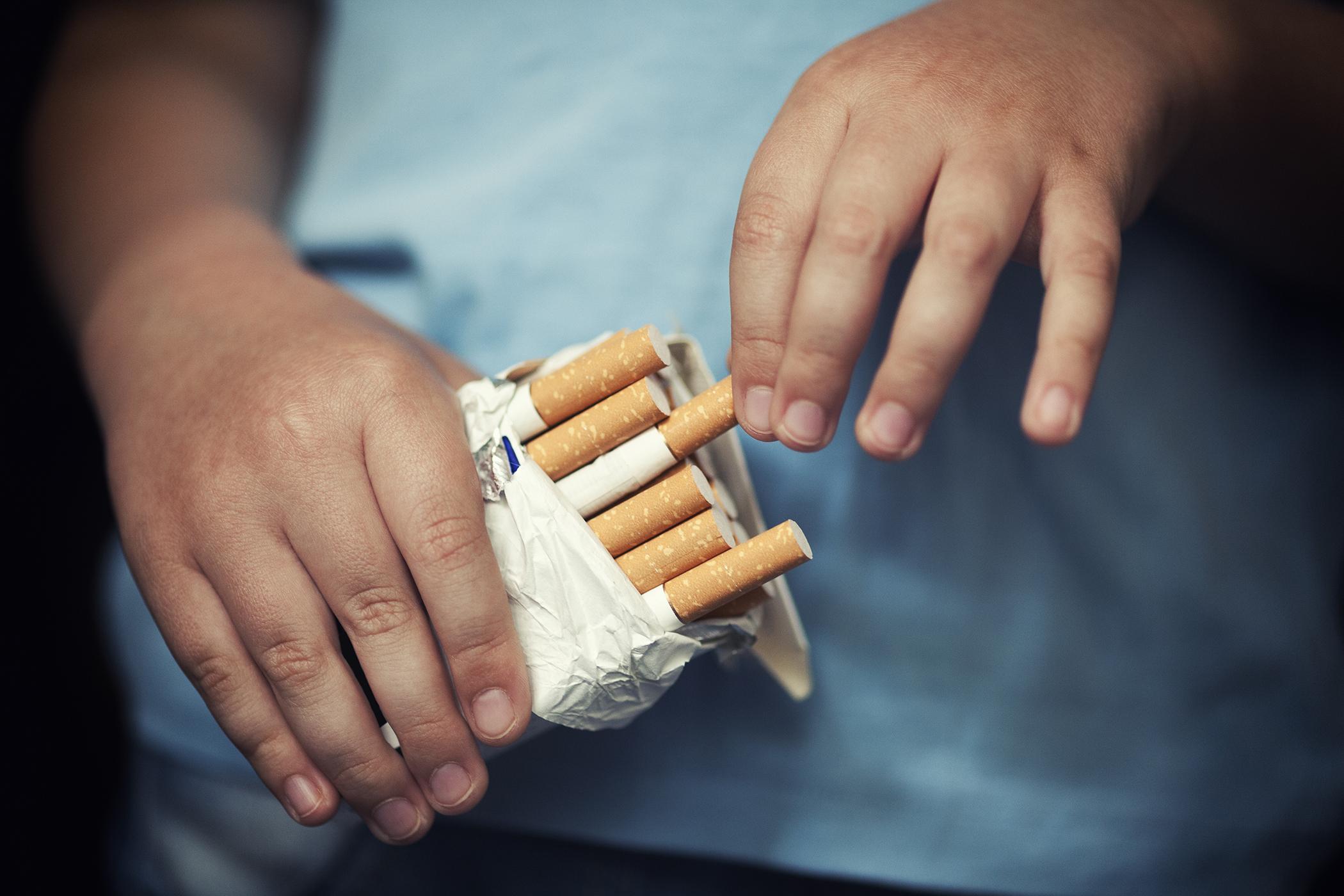dohányzásellenes Franciaországban)