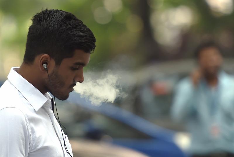 Az indiai dohányzás gyógyítja.
