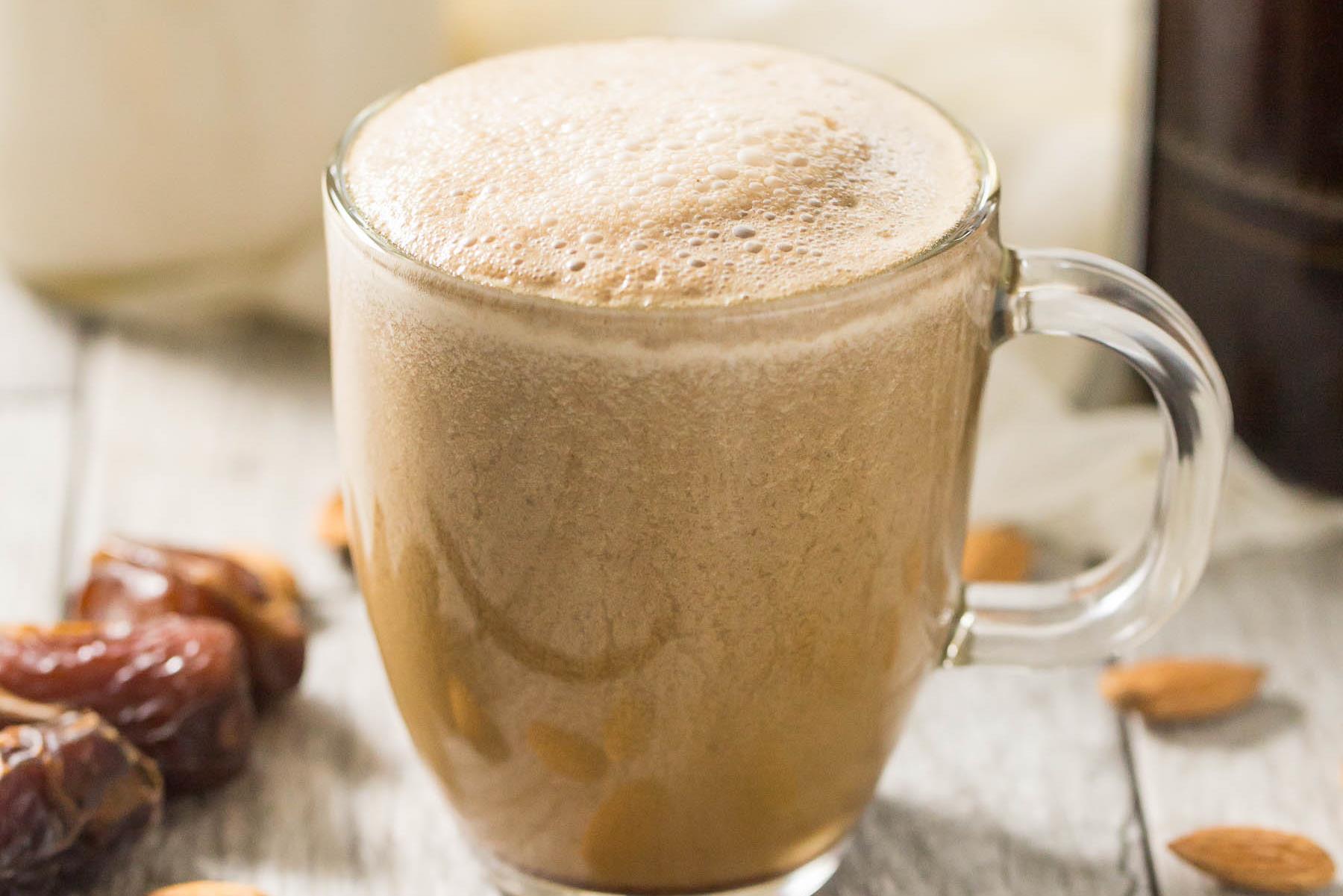 Randevú csésze kávét