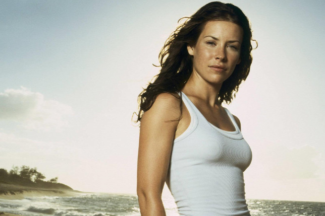 32 Hottest Evangeline Lilly Pictures | Sexy Near-Nude