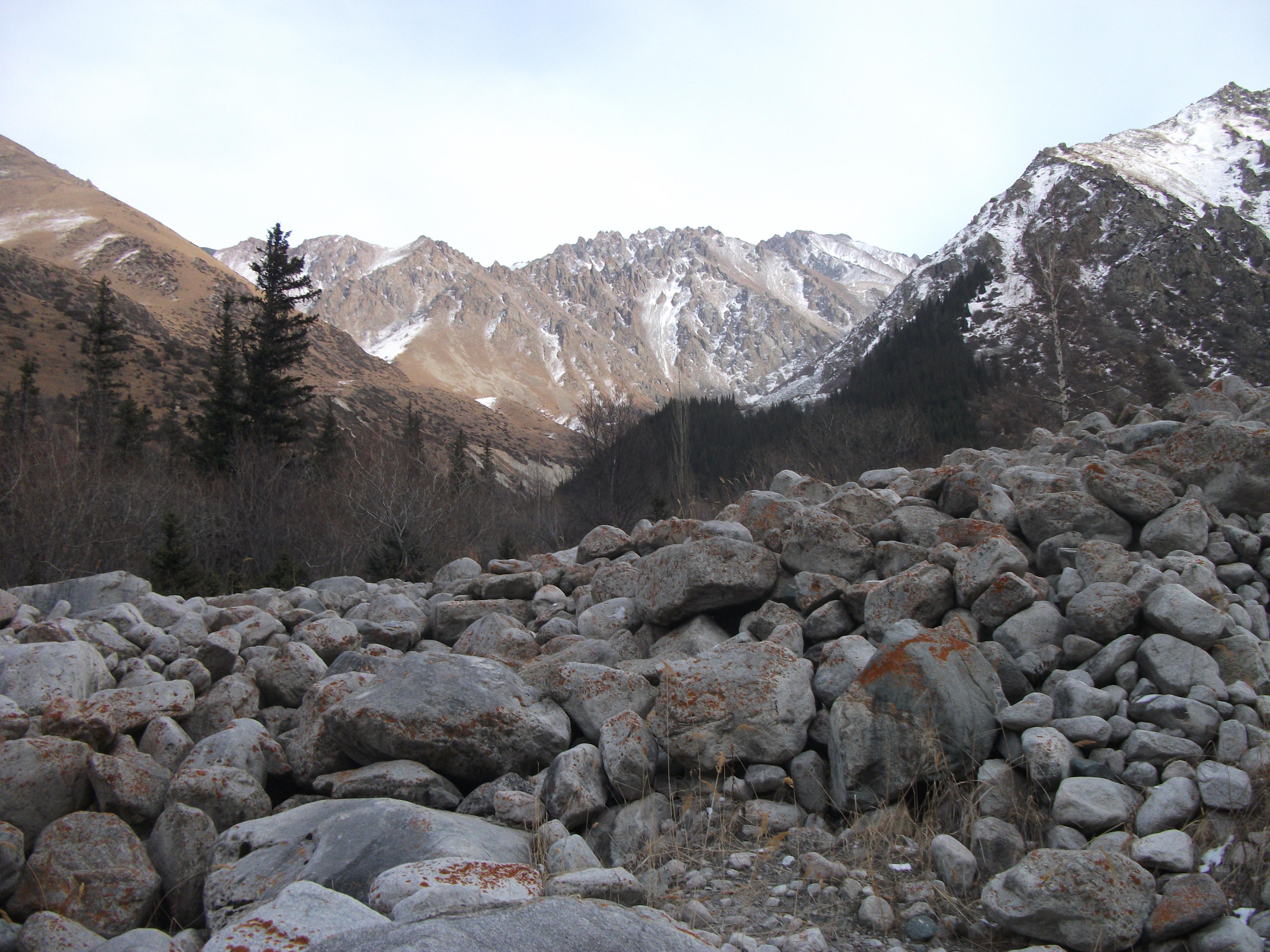 sziklás hegyi hatalom dr mennyország társkereső oldal