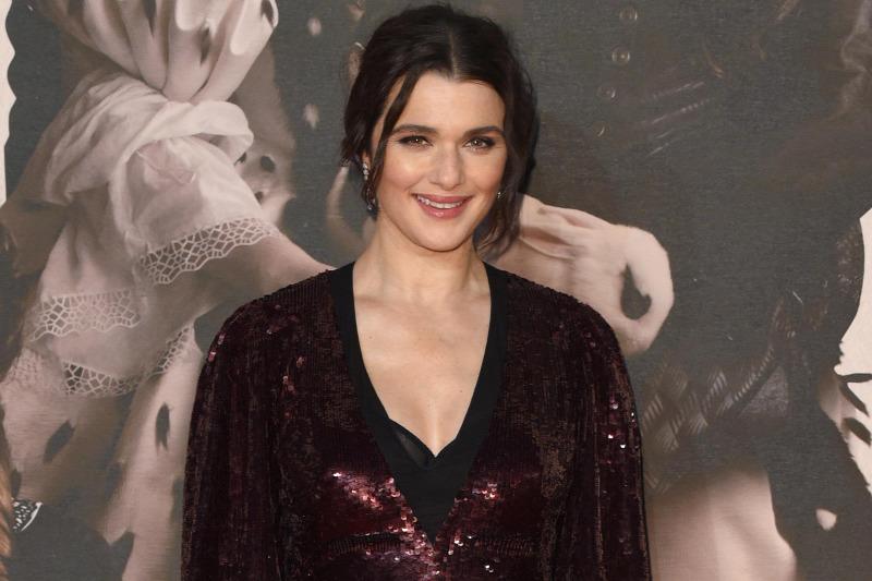 Romlott ikerpárként tér vissza a magyar származású színésznő