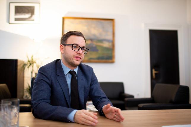 Orbán Balázs: Az ellenzéki képviselők viselkedése az ...