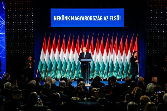 A Fidesz kész minden támogatást megadni a családvédelmi akcióterv  végrehajtásához 64c8b2c865