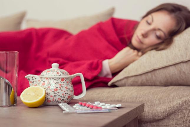 b9c9c03e8d A nátha, amelyet gyakran megfázásnak, meghűlésnek nevezünk, egy felső légúti  vírusfertőzésForrás: Shutterstock
