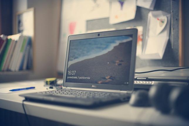 notebook windows 10 operációs rendszerrel
