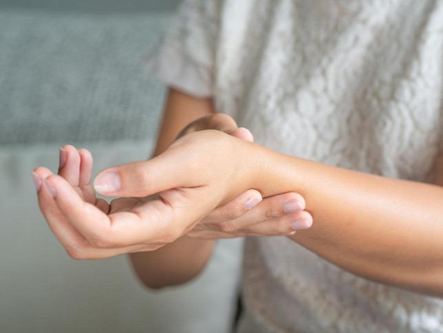 ízületi gyulladás a kezelés 14 évében a gyermek térdfájdalomra panaszkodik